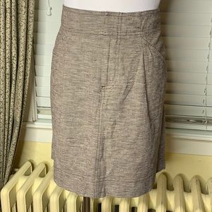 Ann Taylor petite size 6 brown straight skirt